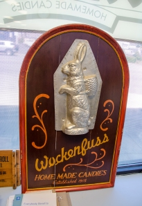 The previous signboard of Wockenfuss Candies